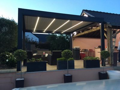 Pose de pergola bioclimatique